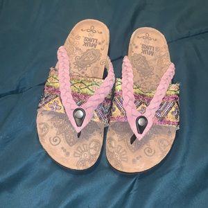MUK LUKS Embellished Memory Foam Sandals Sz 10